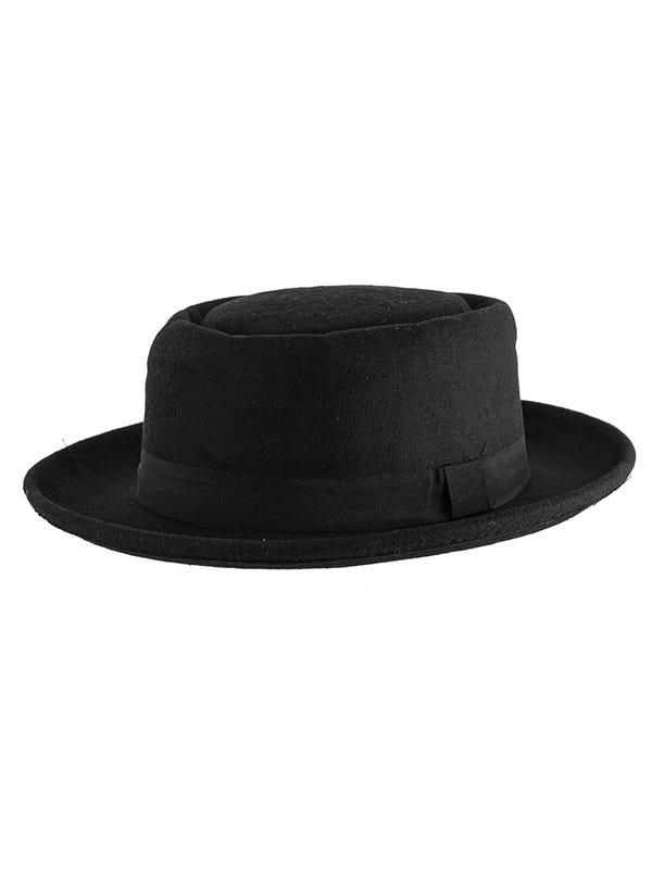 Sombrero de paño con cinta